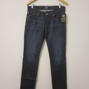 NWT Rock & Republic Lowrise Straight Jeans Size 28